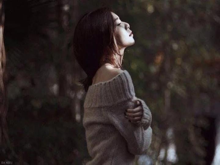 Xinh đẹp, giỏi giang nhưng đường tình bất hạnh và khổ đau, phải chăng đàn bà đang phạm phải những sai lầm này!
