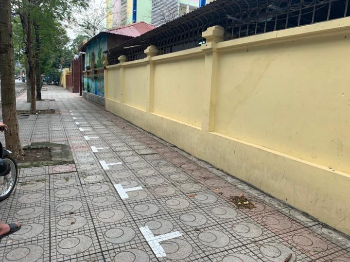 UBND quận Ba Đình lên phương án đảm bảo TTĐT - ATGT tại cổng trường các trường học trên địa bàn quận