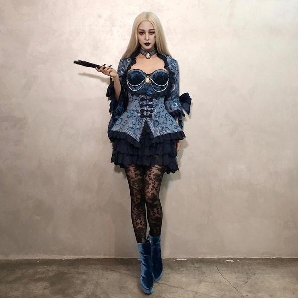 Kiều nữ Hàn Quốc chịu chơi biến hóa ma mị đỉnh cao với trang phục Halloween khiến fan thán phục
