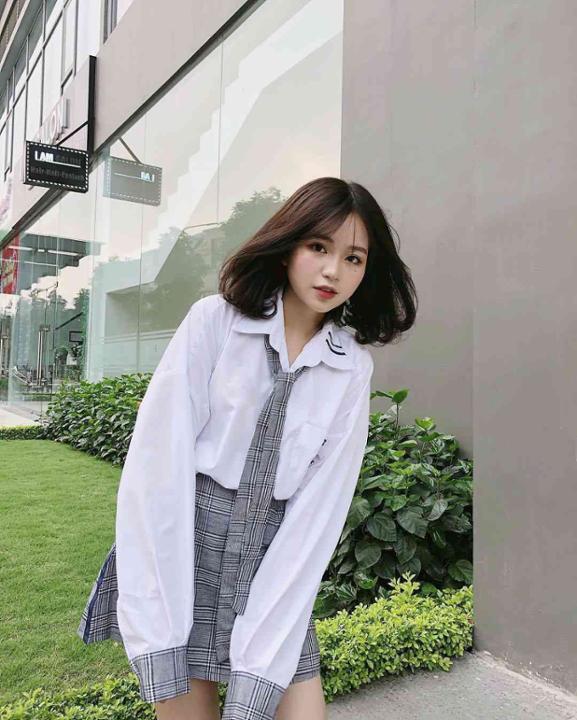 Cô gái được cho là bạn gái mới Quang Hải: Cao 1m52 và rất nóng bỏng