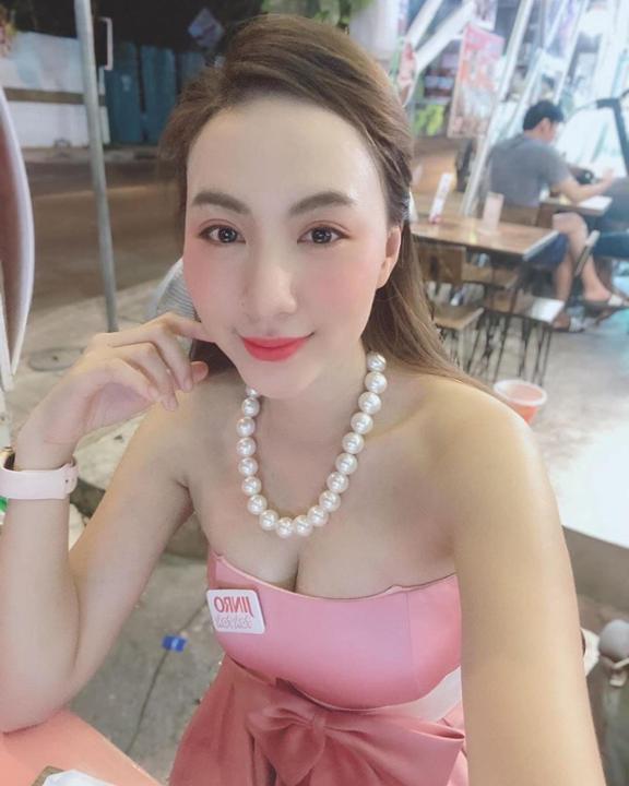 """Tan chảy trước body sexy, độ chịu chơi của """"hot girl PG"""" Thanh Thảo!"""