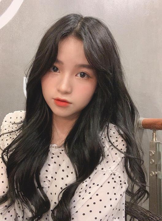 Nghi vấn Quang Hải đã có bạn gái mới: Không phải bà chủ Sài Gòn sexy hết nấc mà là girl xinh 1m52 từng gây sốt MXH Trung