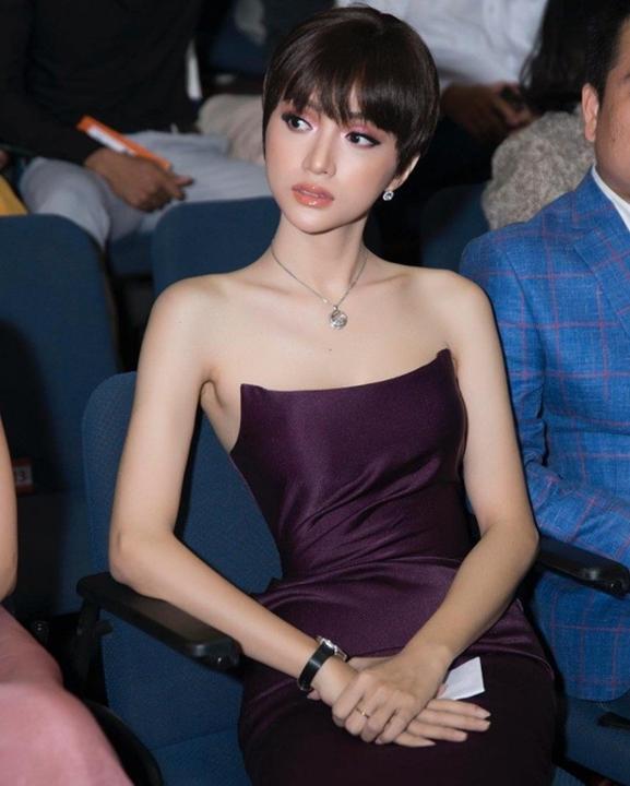 Mỹ nhân Việt người trẻ ra, người xuống sắc chỉ vì cắt tóc ngắn