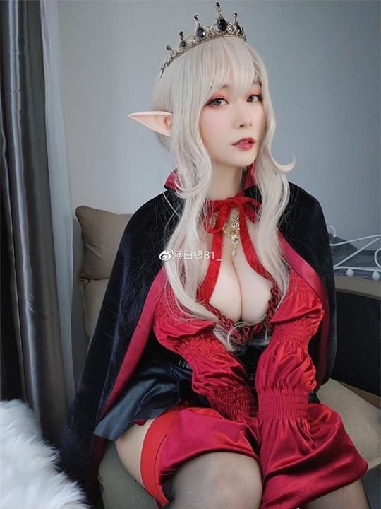 Chết mê chết mệt khi ngắm loạt ảnh cosplay nàng yêu tinh mặt xinh body chuẩn