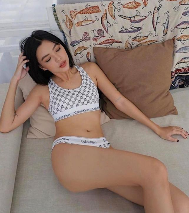 Tú Hảo tung loạt ảnh mặc bikini nóng bỏng, không bận tâm tới lời chê bai