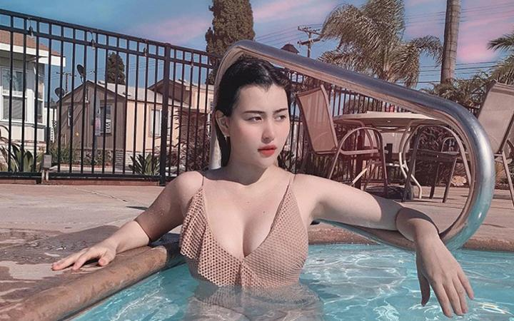 Diện áo dài phù dâu nhưng còn đẹp hơn cả nữ chính, hot girl 10X gây sốt mạng xã hội