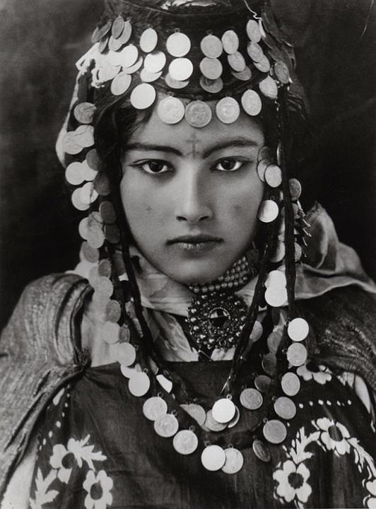 Ngẩn ngơ trước loạt ảnh nhan sắc đỉnh cao của phụ nữ thời xưa