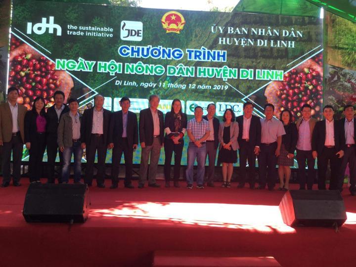 Đoàn công tác huyện Krông Năng tham dự Ngày hội Nông dân tại huyện Di Linh, tỉnh Lâm Đồng