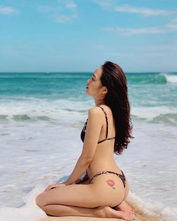 Điêu đứng với nhan sắc xinh đẹp, body sexy của hotgirl Phương Anh